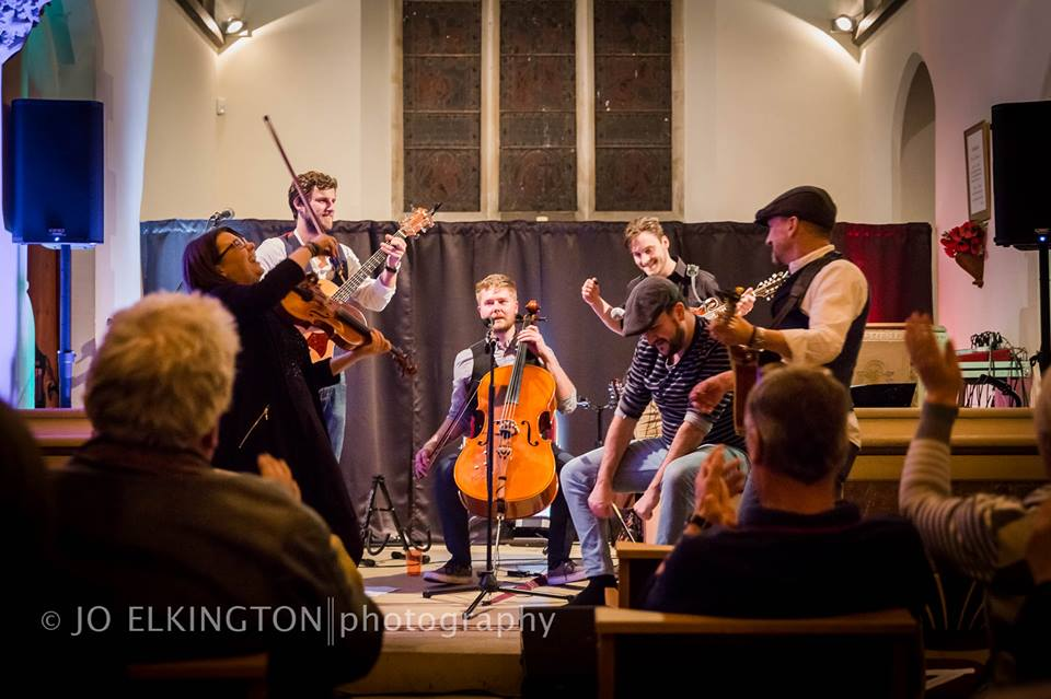 Folk in Fernham – 5th March 2015: Kadia with The White Horse Whisperers